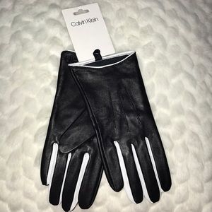 CALVIN KLEIN WOMENS SIZE LARGE GLOVES